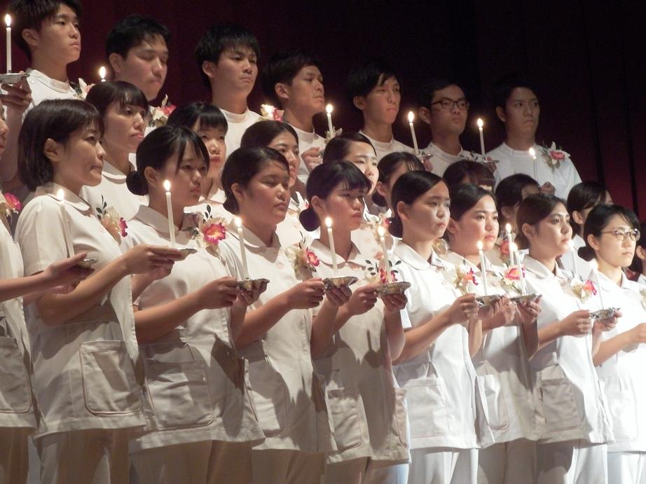 看護学科2年生の「宣誓式」が挙行されました。 | 鹿児島医療福祉専門 ...